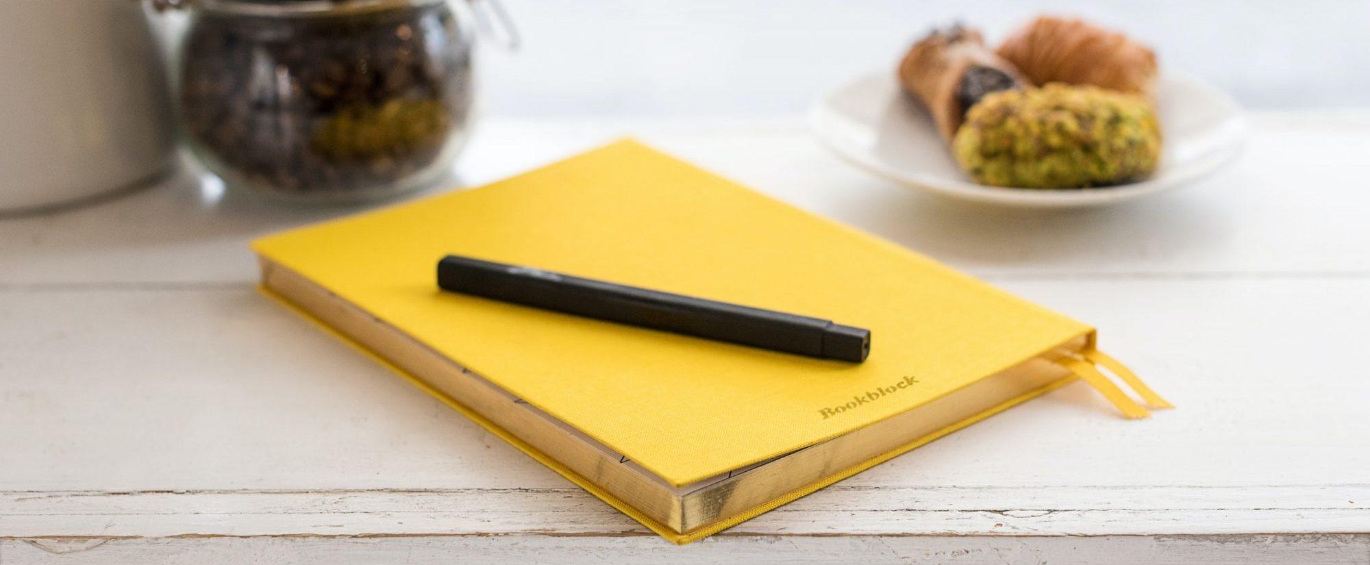 sárga notesz